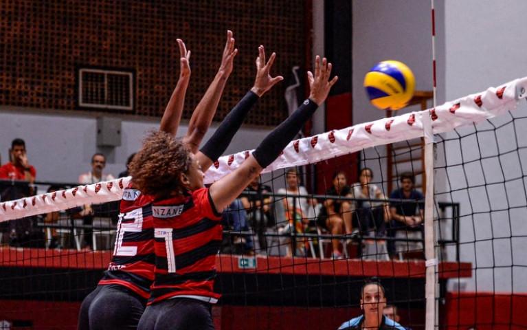 Flamengo enfrenta o Curitiba, na Gávea, nesta sexta
