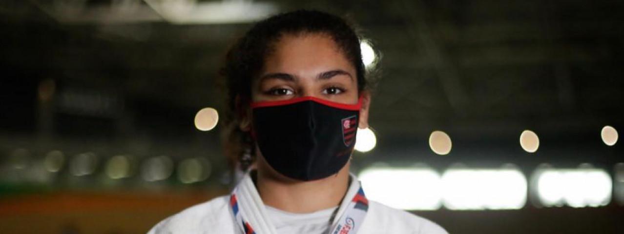 Flamengo dá show no primeiro dia do Estadual