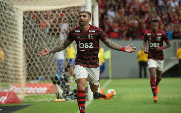 Vitória no Mané Garrincha
