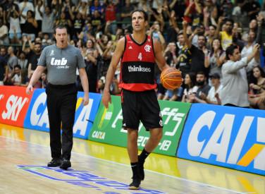 Mogi x Flamengo - 12/05/2018 - NBB 10