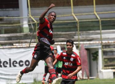 Fluminense x Flamengo - 03/11/2018 - Campeonato Estadual Sub-15 - Final (ida)