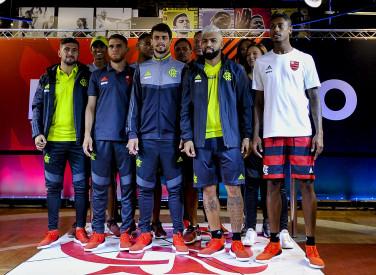 Apresentação da linha Adidas Flamengo de treino, viagem e casual 2019
