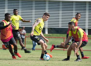 Treino CT Flamengo - 06-06-2019