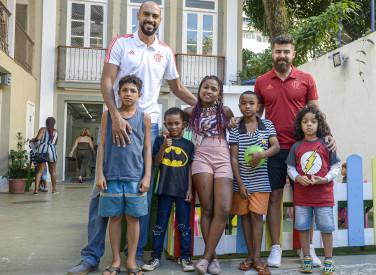 Entregas das latas de Leite para ONG com os jogadores Marquinhos e Franco Balbi - 23-07-2019