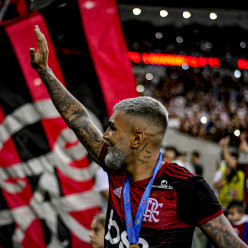 Alexandre Vidal, Marcelo Cortes & Paula Reis / Flamengo