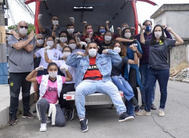 Flamengo e Instituto Mundo Novo distribuem cestas básicas - 09-04-2020