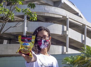 Flamengo faz Distribuição de Vale Alimentação para Ambulantes do Maracanã - 21-05-2020