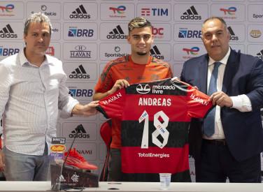 Apresentação Andreas Pereira no CT  - 23-08-2021