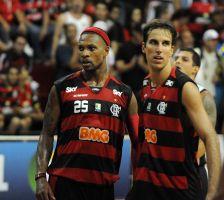 Flamengo x Uberlândia -24-03-2011