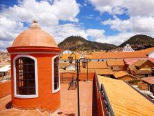 Cidade de Sucre na Bolivia, está a 165 km do local da partida em Potosi.