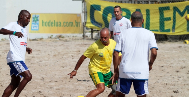Jogo de inauguração da arena maestro Junior-21/07/2012
