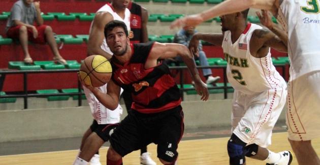 Basquete sub 22-Flamengo x University of Utah-10/08/2012