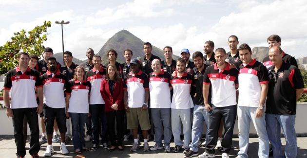 Apresentação equipe  Basquete-15/08/2012