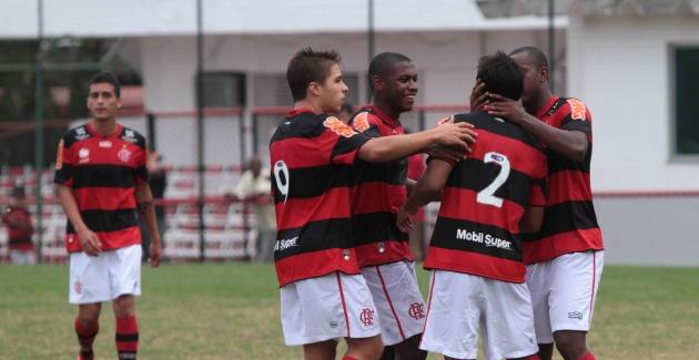 Futebol juniores-Flamengo x Juventus(Realengo)-12/09/2012