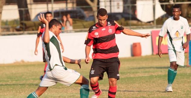 Futebol juniores-Flamengo x Serra Macaense-19/09/2012