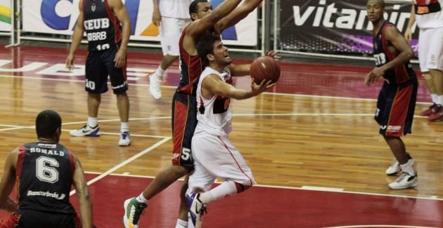 Basquete-Flamengo x Brasilia-13-12-2012