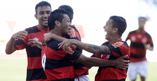 Flamengo X Quissamã -19-01 Carioca 2013