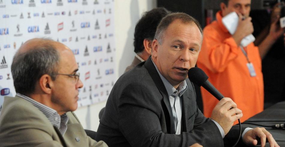 Mano Menezes é apresentado oficialmente na Gávea - 17-06-2013