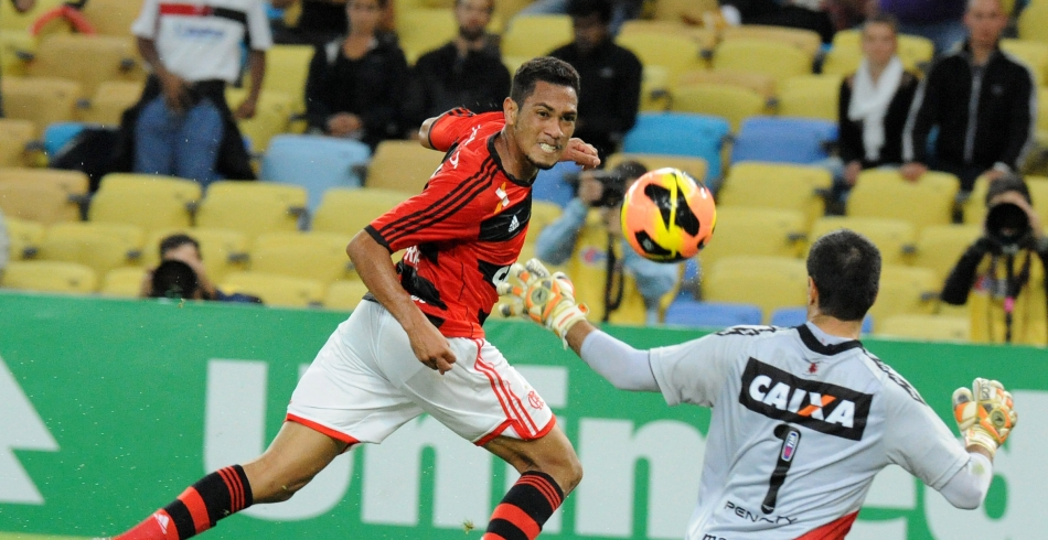 Flamengo X Vitória - 04-09 - Brasileiro - 2013