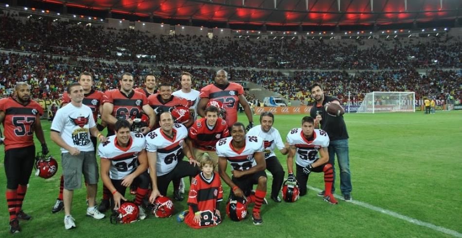 Flamengo Futebol Americano invade o Maracanã