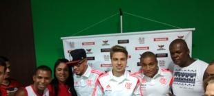 Jogadores encontram com torcedores no Maracanã - 15/10/2014