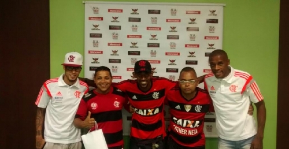 Paulinho e Marcelo encontram com torcedores - 29/10/2014