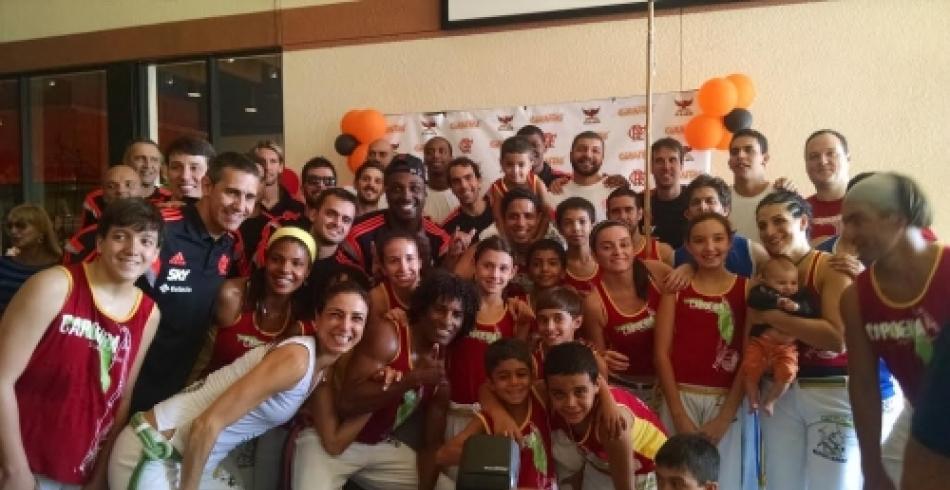 Jogadores do Flamengo almoçam no Giraffas em Orlando