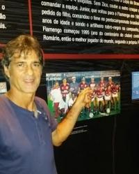 Charles Guerreiro visita o Fla Experience