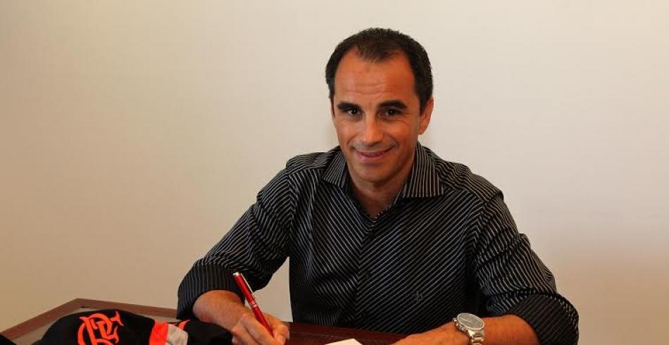 Flamengo acerta com Rodrigo Caetano