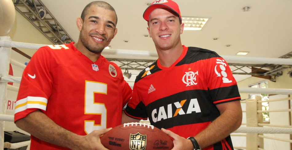 José Aldo recebe o atleta Cairo do Kansas City Chiefs - 27/06/2016